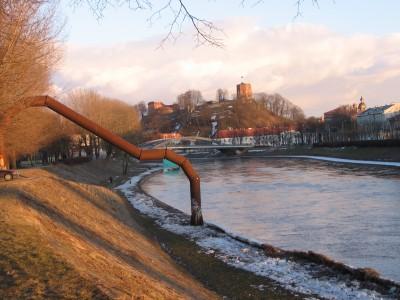 Kontraversiškas menas, Vilniuje puošiantis Nerį, žavi ne kiekvieną. Giedrės Balčiūtės nuotr.